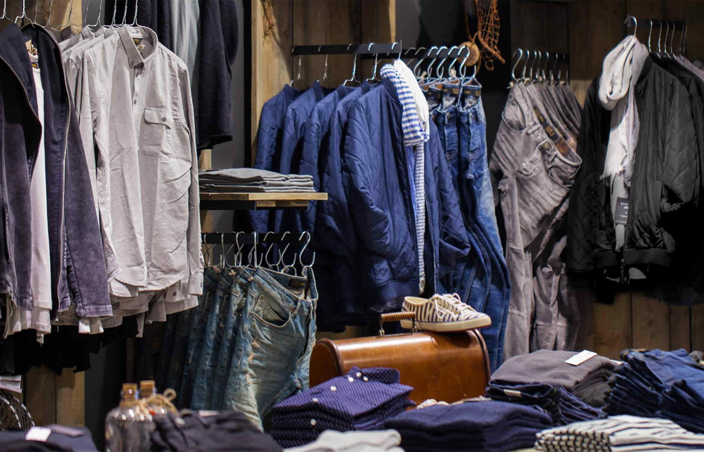 2d21657d KAOS er en moderne klesbutikk for unge menn i alle aldre; Kvalitet,  Allsidighet, Opplevelse og Service. Hos oss finnes klær til alle  anledninger, ...